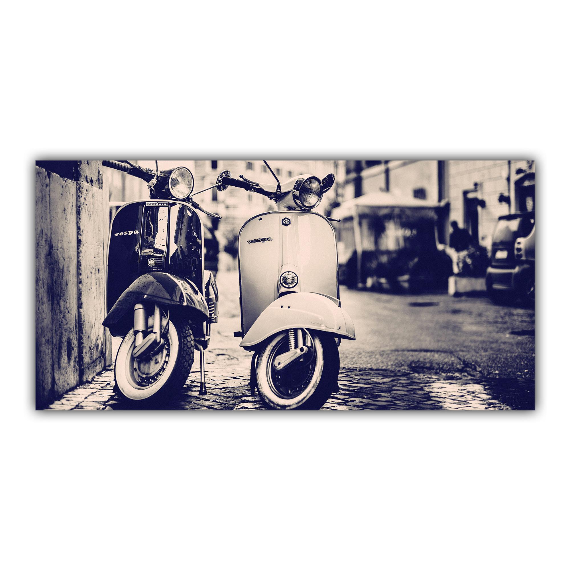 Vespa Scooter Rétro Noir et Blanc